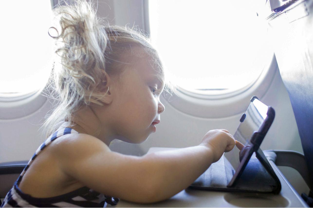 ¿Odias o amas la idea de una zona libre de niños en los aviones?