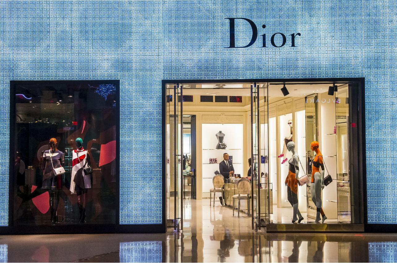 ¡Esta gran mujer es la mente creativa detrás de Dior!