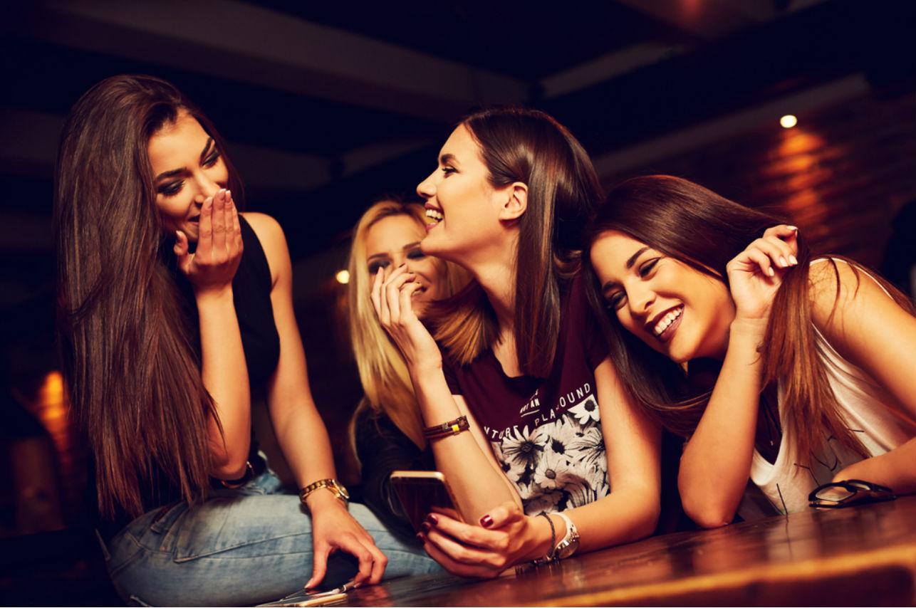 5 películas que te ayudarán a detectar a un amiga tóxica