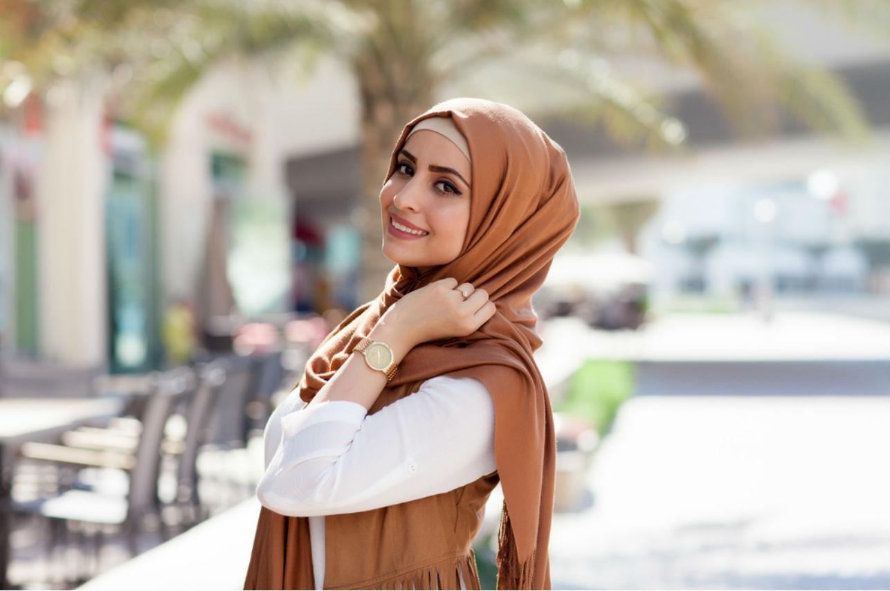 Una chica en hijab aparece en la portada de Playboy por primera vez en la historia