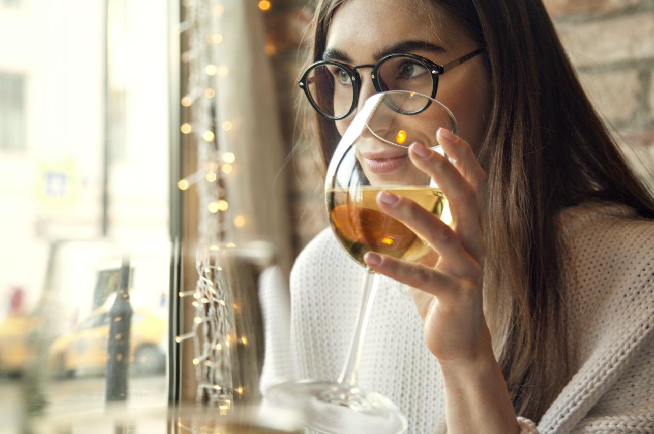5 lugares imperdibles que todas las amantes del vino deben visitar