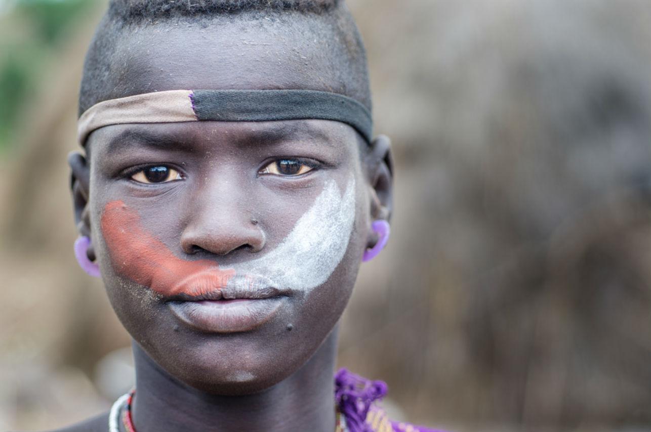 La tribu Bodi, donde el hombre más panzón es el más admirado
