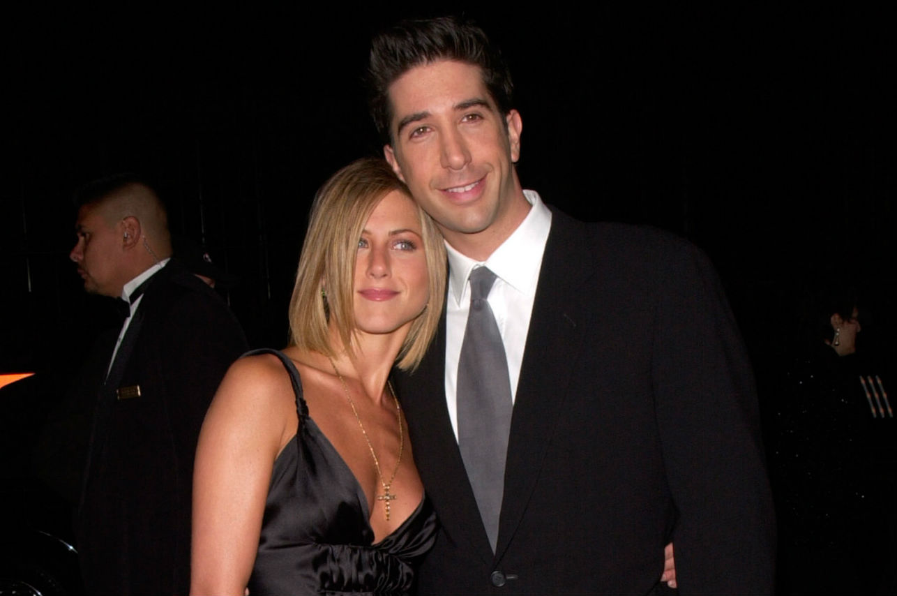 Los 10 looks más increíbles de Jennifer Aniston en los 90