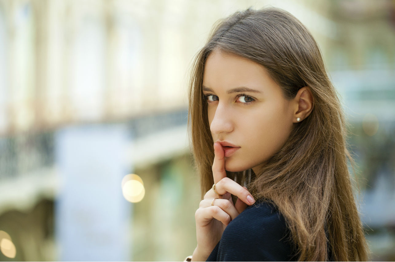 Guardar secretos nos afecta físicamente (según estudio)