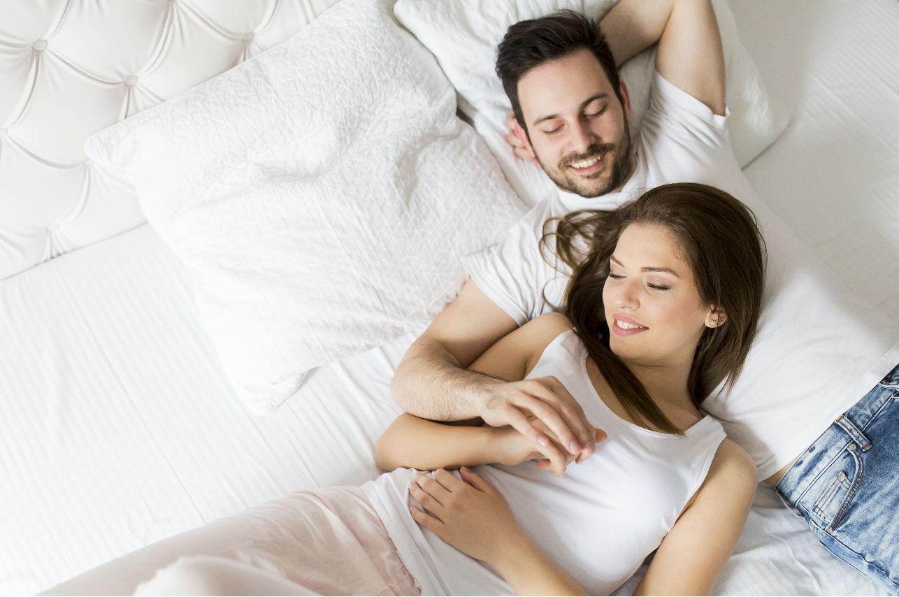 4 razones por las que tener intimidad con un hombre mayor es mejor