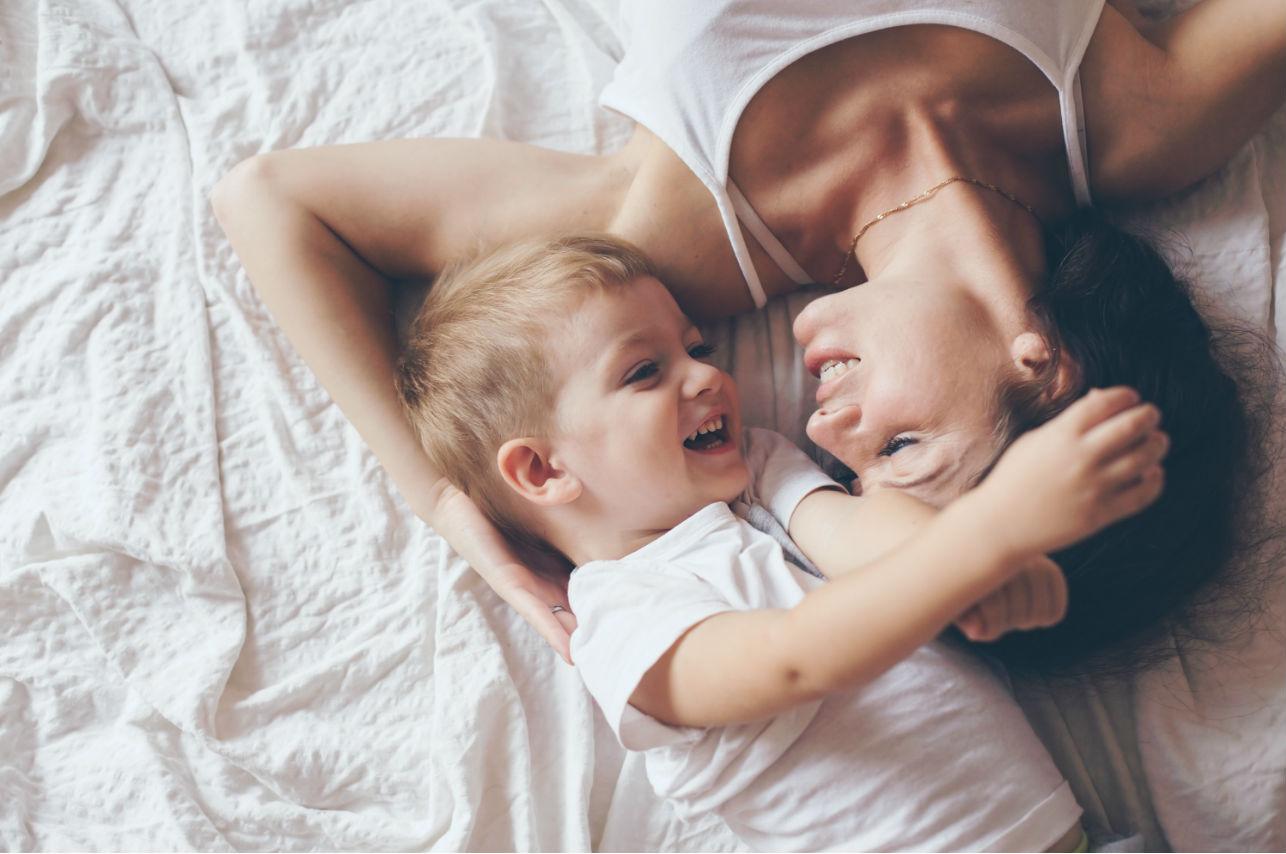Los 7 mejores consejos para ser una mamá feliz (comprobados)
