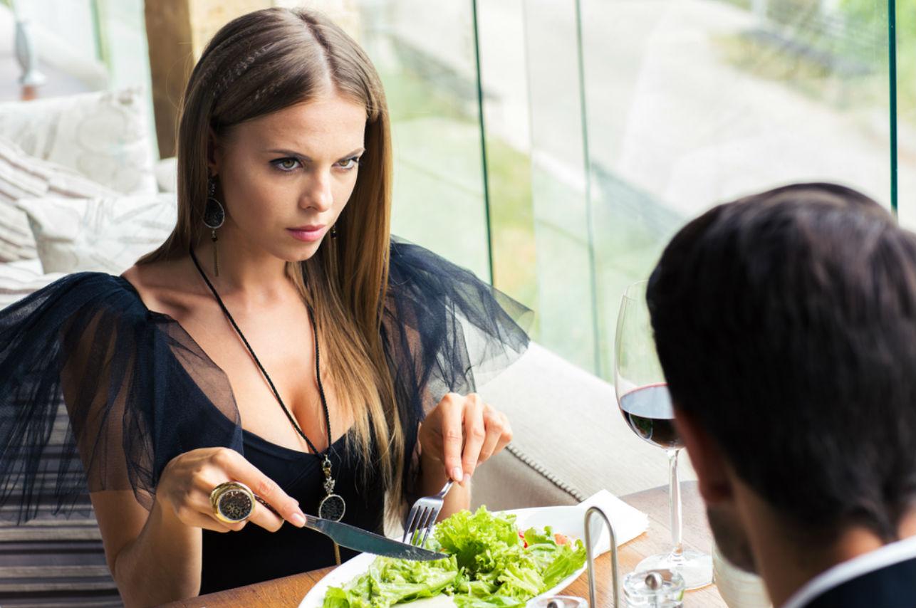 5 cosas que él espera en una primera cita