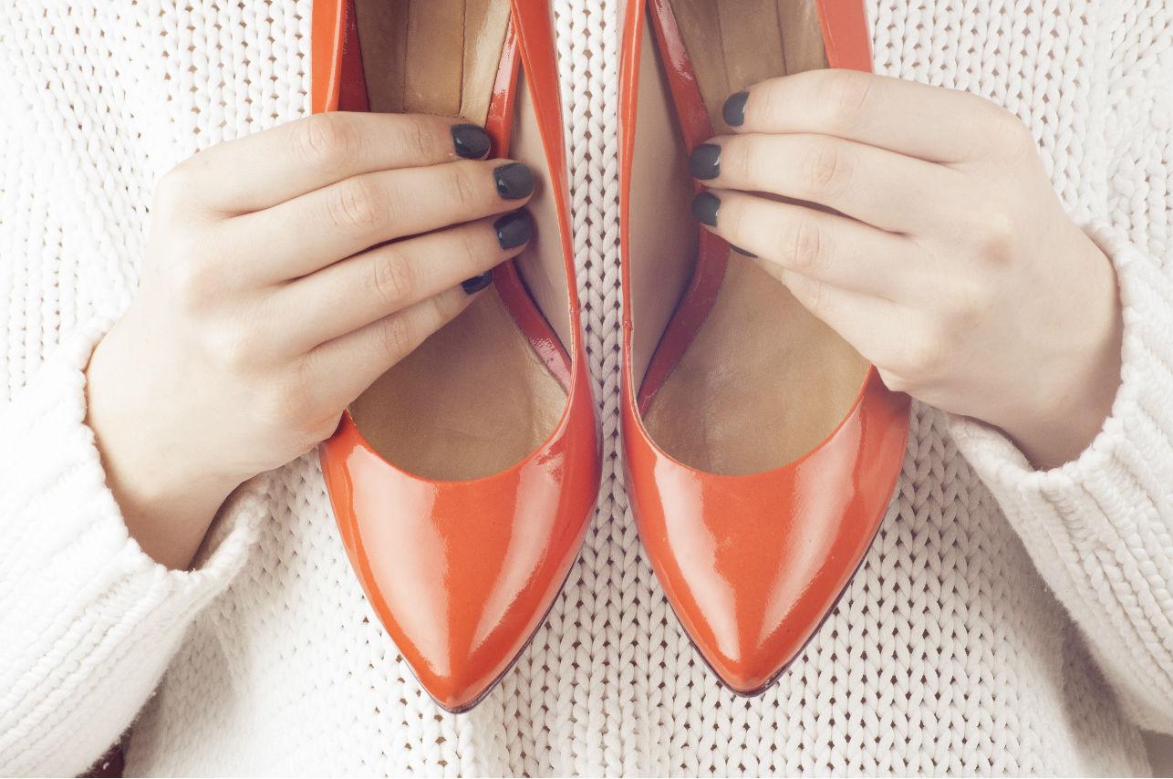 Los modelos de zapatos que debes usar si eres bajita de estatura