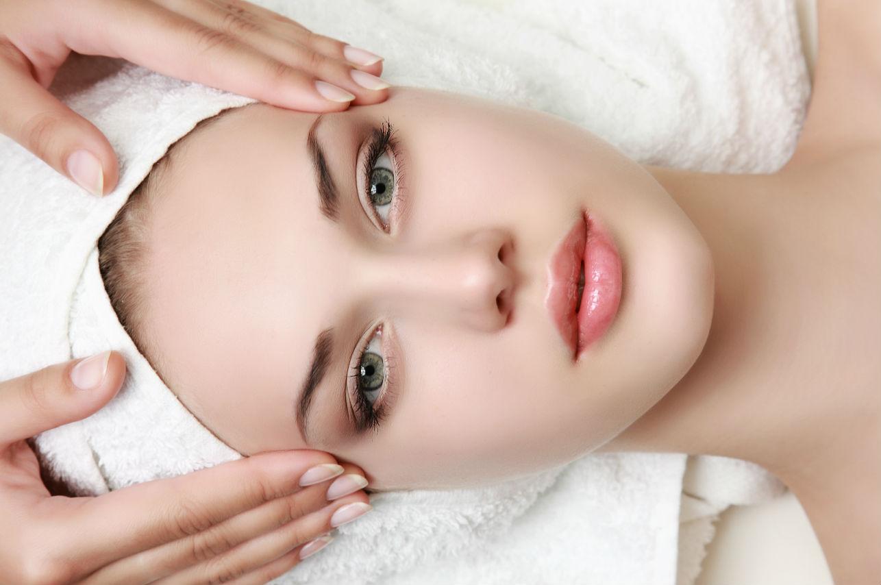 Faciales con fuego, la peligrosa terapia para cuidar tu piel