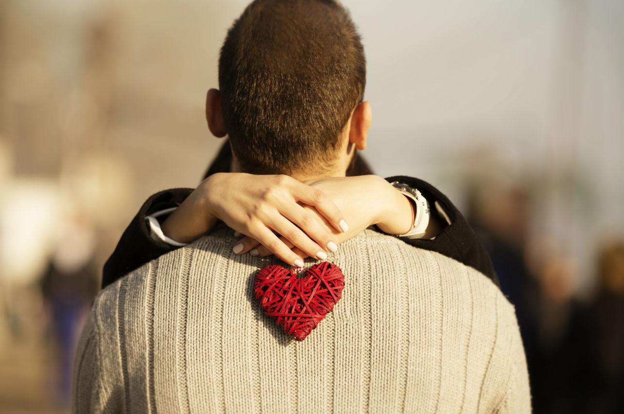 10 señales que revelan que estás perdida de amor por él