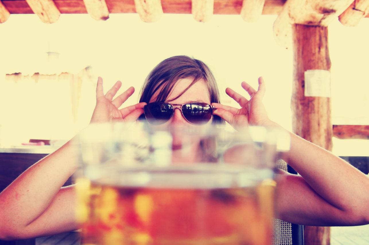 Beber cerveza te ayuda a eliminar las arrugas… ¡Olvídate de las cremas!