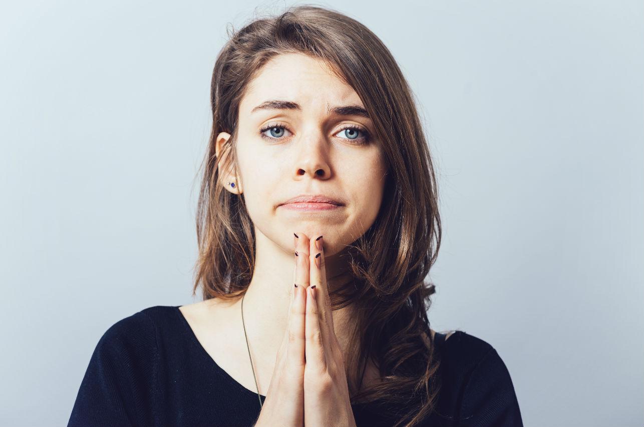 Esta es la manera correcta de pedir disculpas (según los expertos)