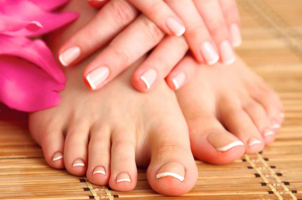 Esta es la forma en que debes cortarte las uñas de los pies