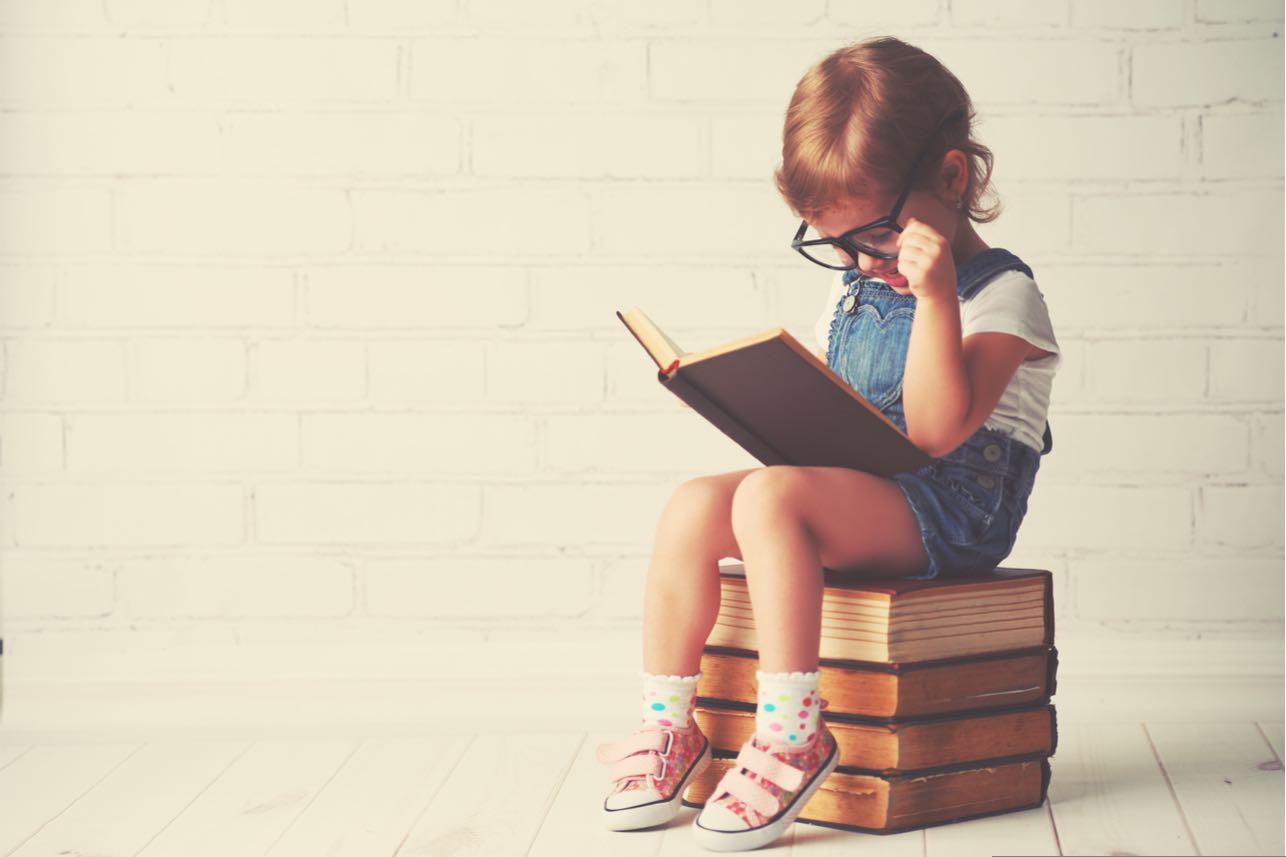 ¿A tu hijo le gusta investigar de un tema? ¡Es más inteligente según expertos!
