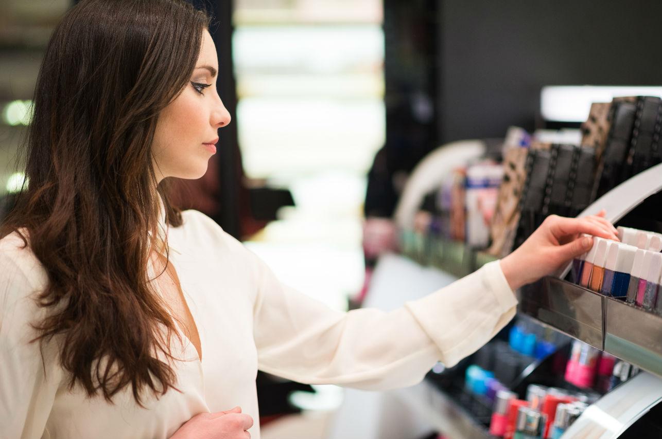 Los errores de maquillaje que te ponen más edad