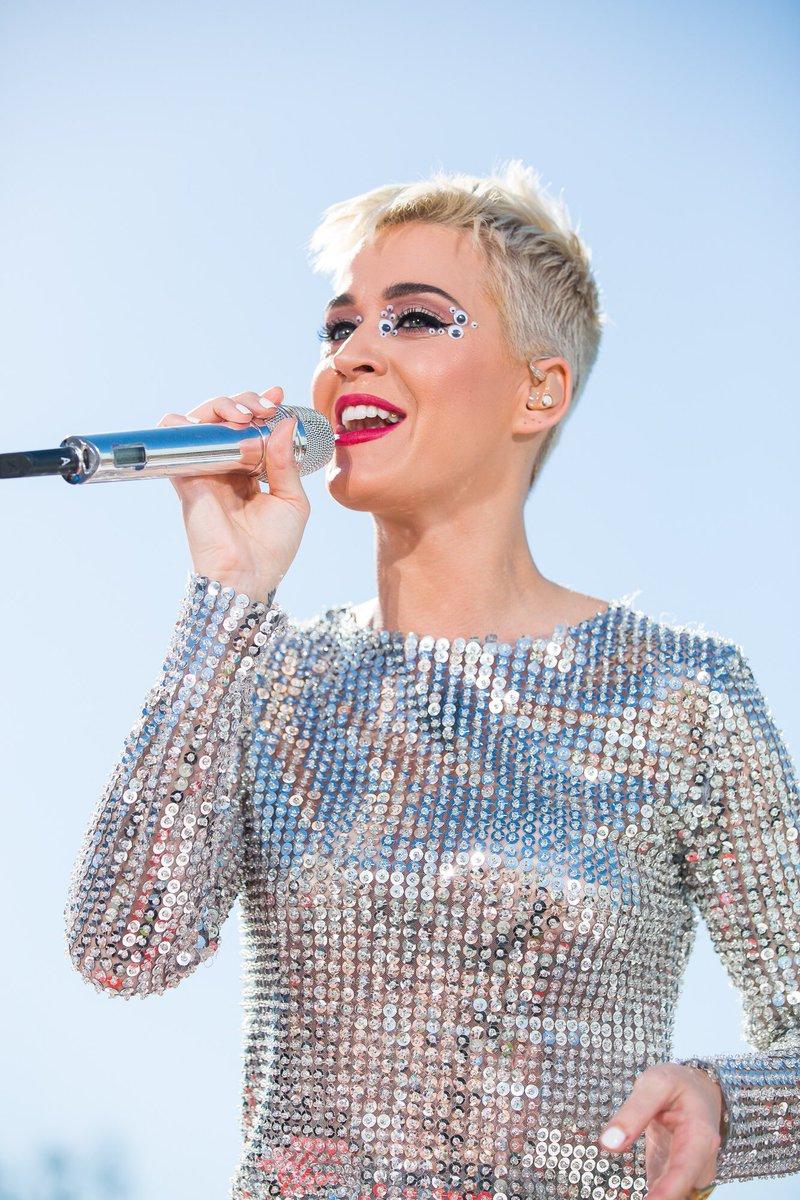 La nueva línea de zapatos de Katy Perry que debes tener en tu clóset
