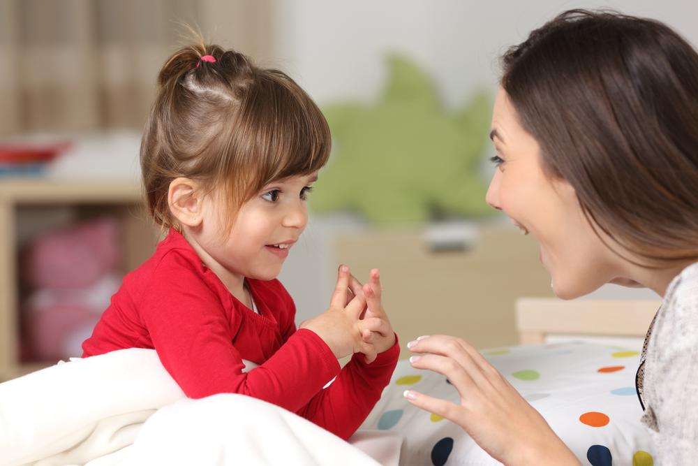 Un truco para que tu hijo no llore cuando lo dejas con la niñera