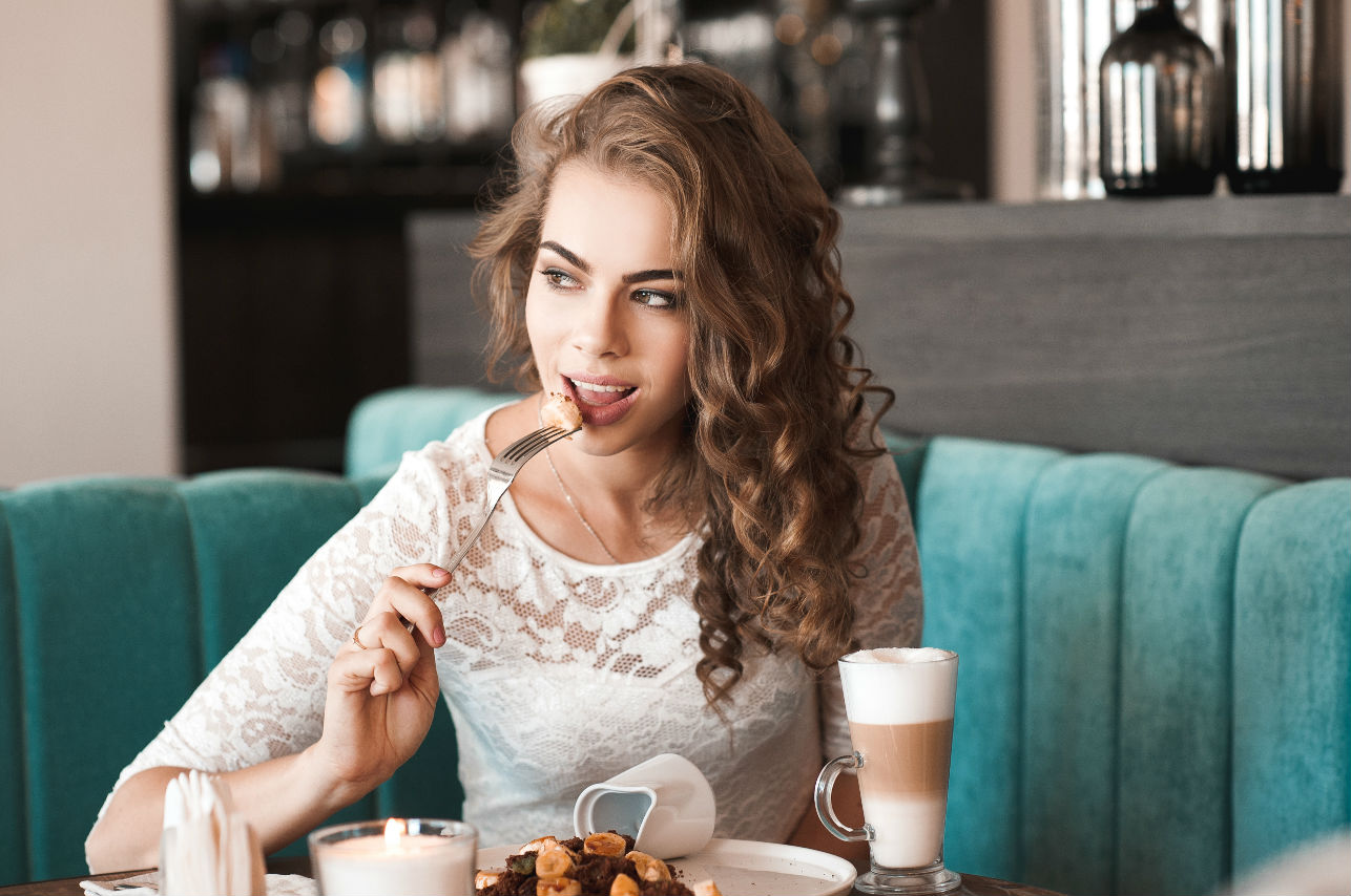Los 5 mandamientos que debes cumplir en la cena para adelgazar