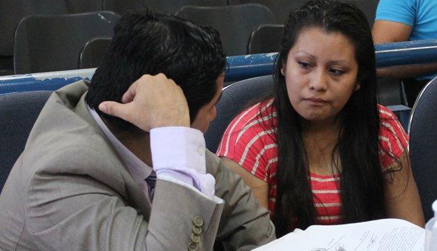 La chica salvadoreña sentenciada a 30 años de prisión por tener un aborto natural