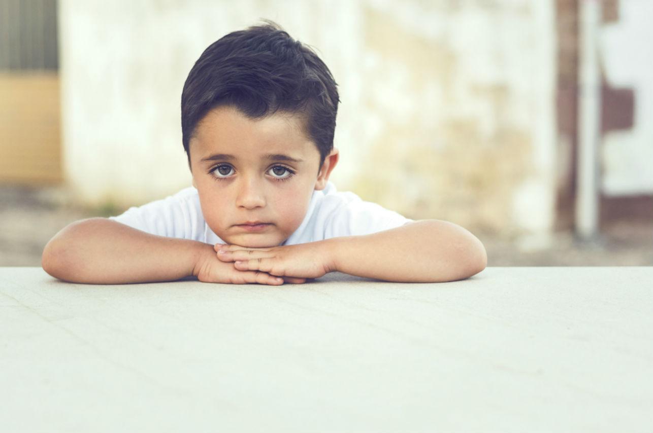Estos 4 comportamientos de un adulto revelan traumas de niñez