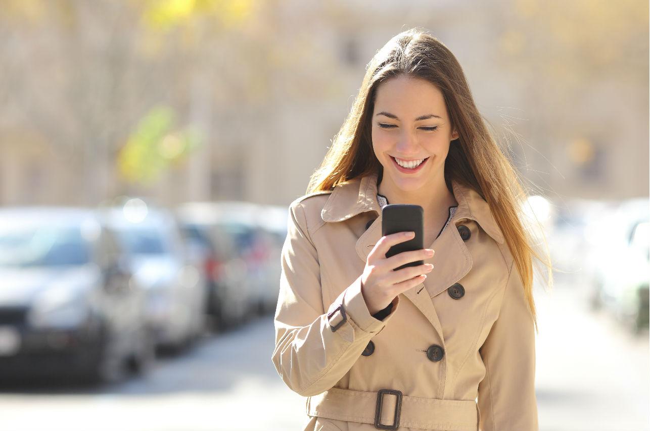 12 mensajes que sólo te envía un hombre que se está enamorando (comprobado)