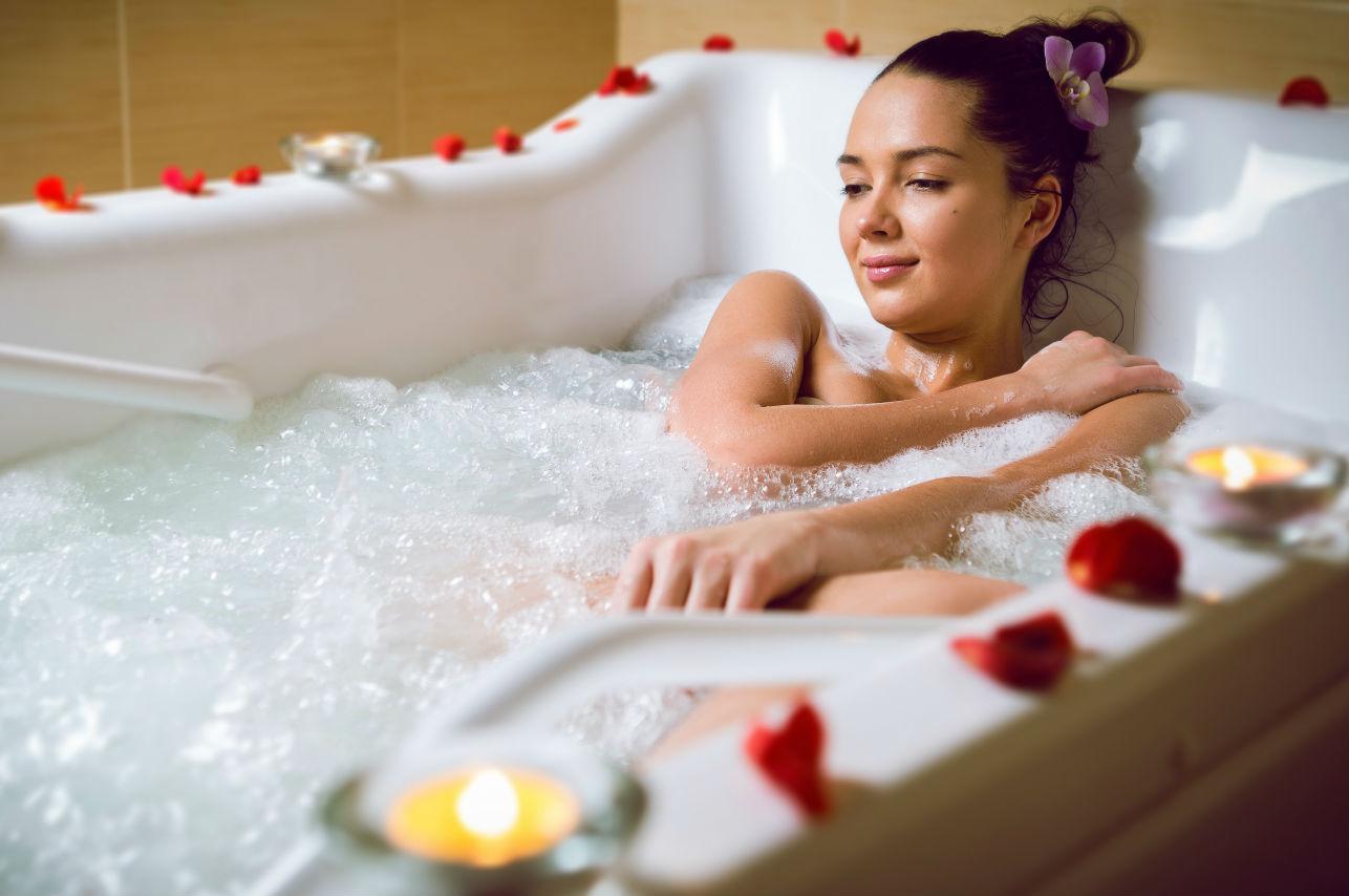 ¿Por qué un baño caliente te ayuda a adelgazar?