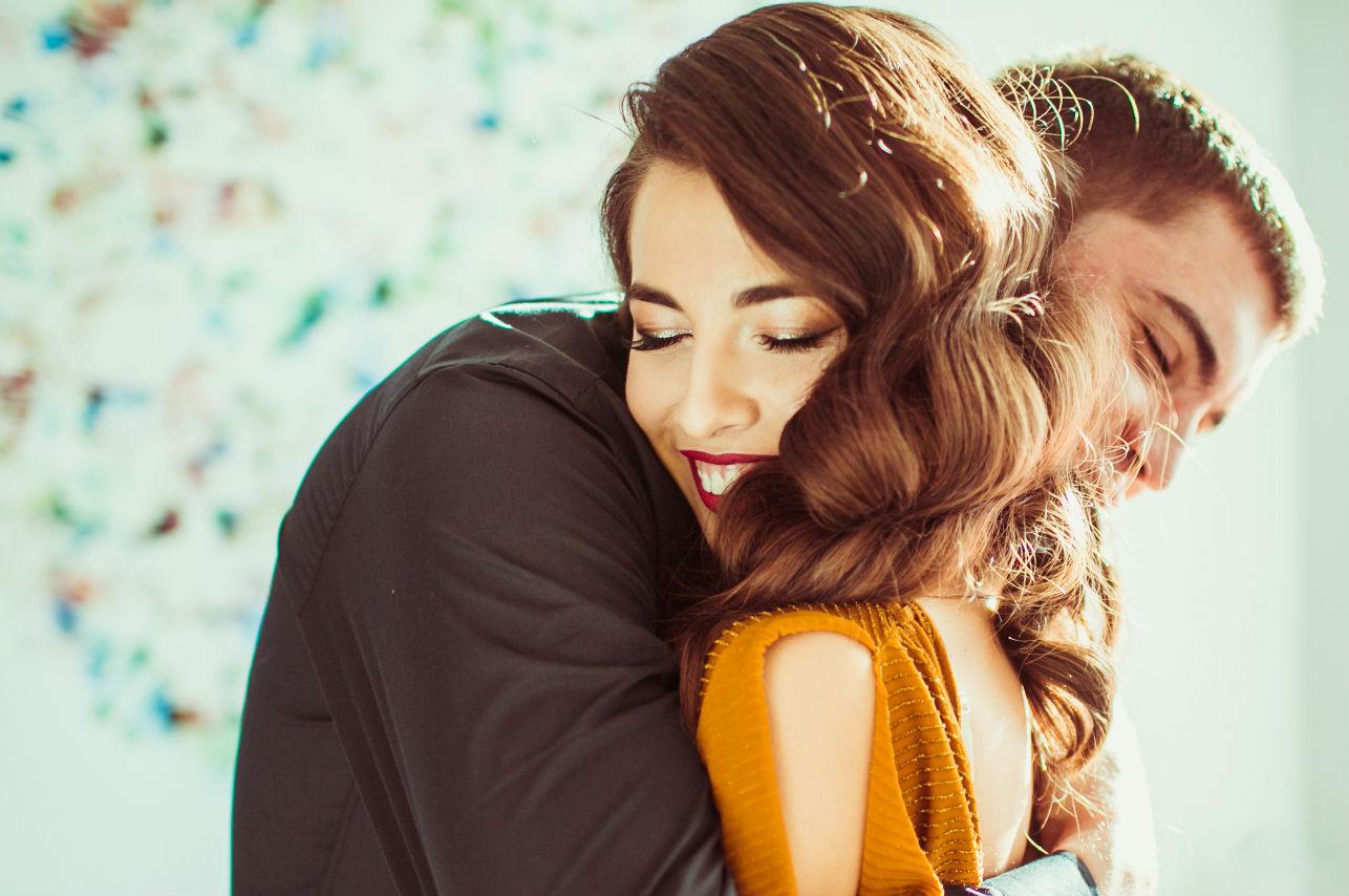 7 cosas que te dice cuando está enamorado y te quiere en su futuro