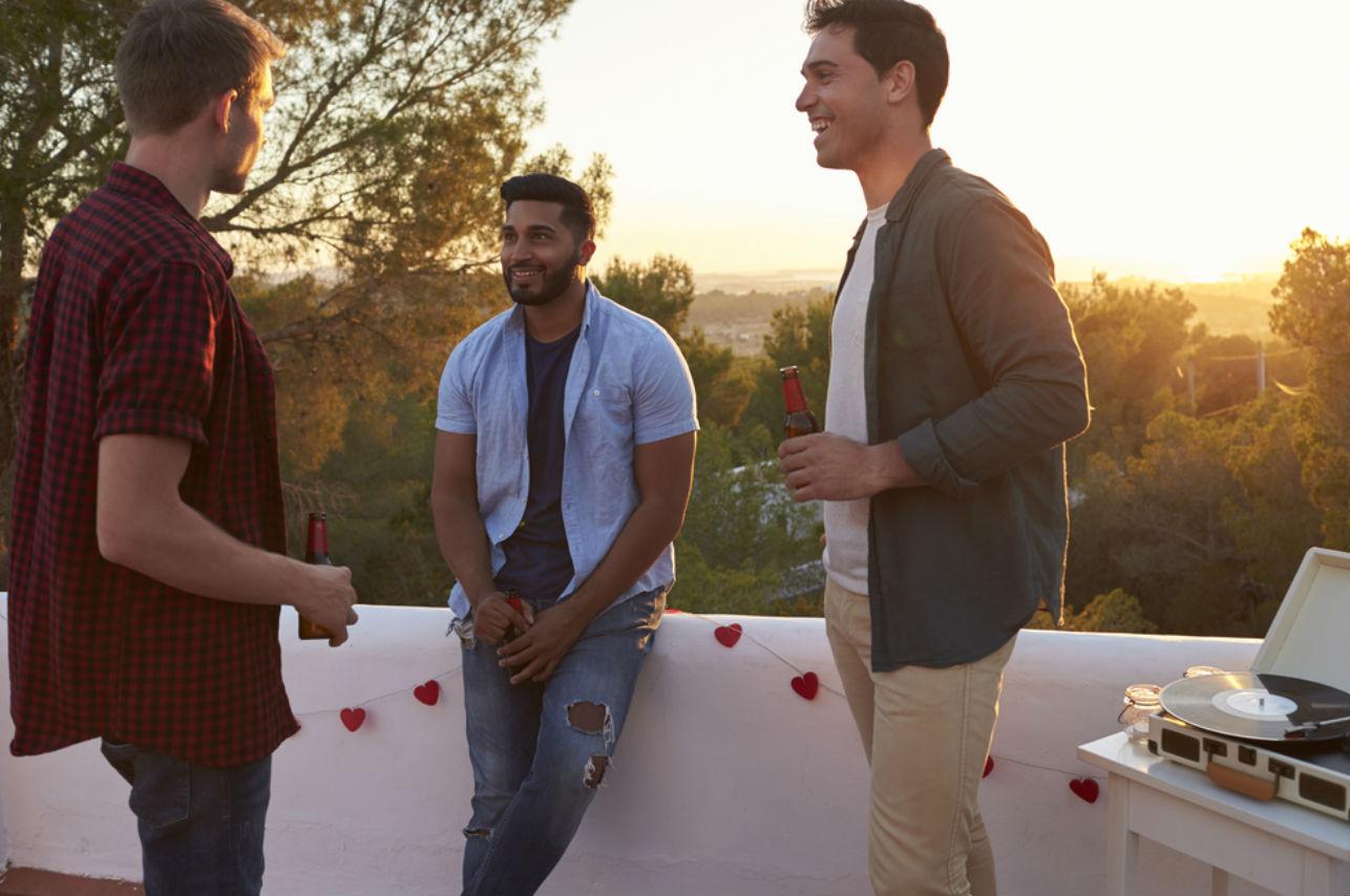 6 cosas que los hombres no hablan con sus amigos