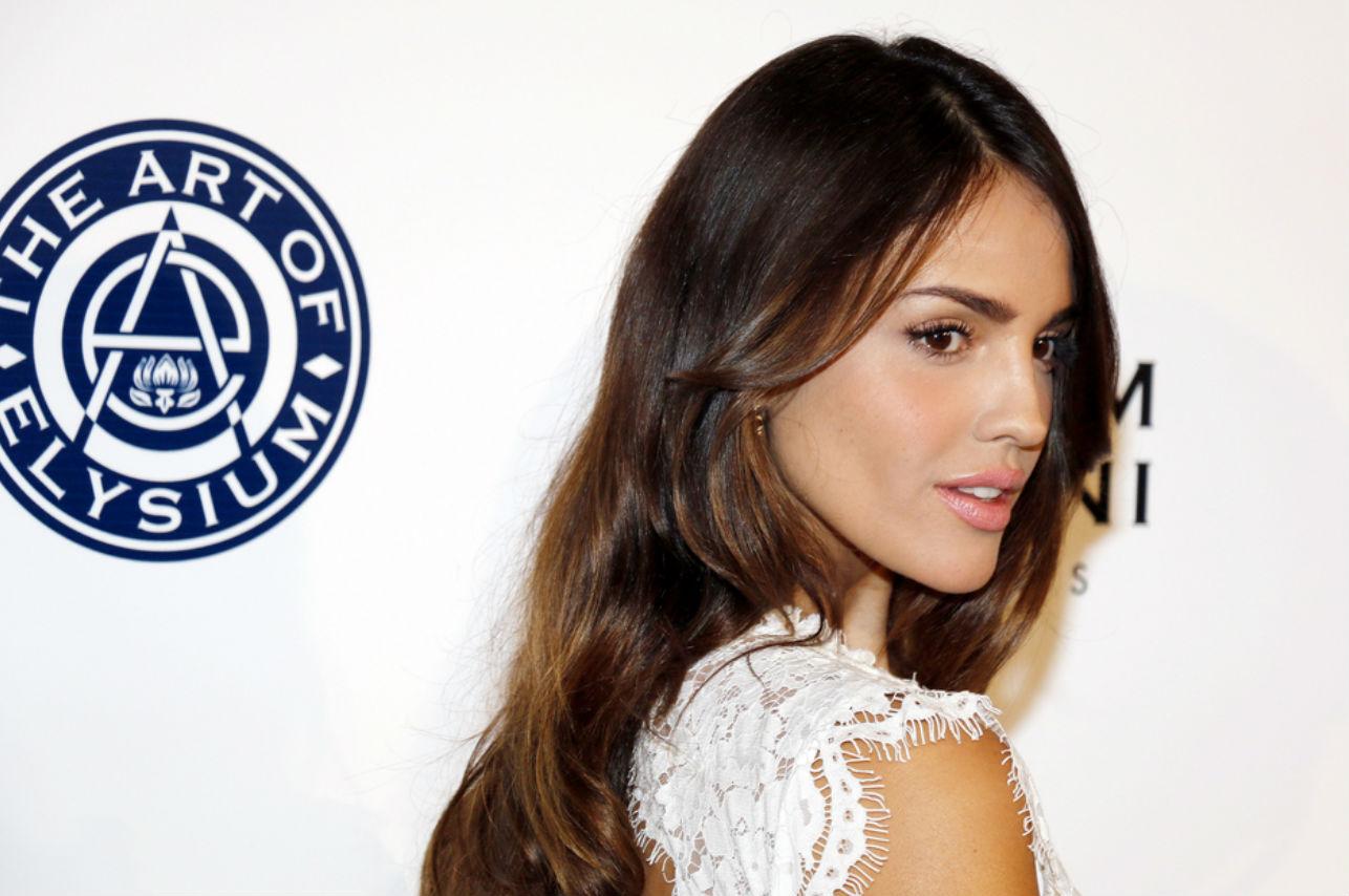 Eiza González apareció en la Met Gala y está causando polémica