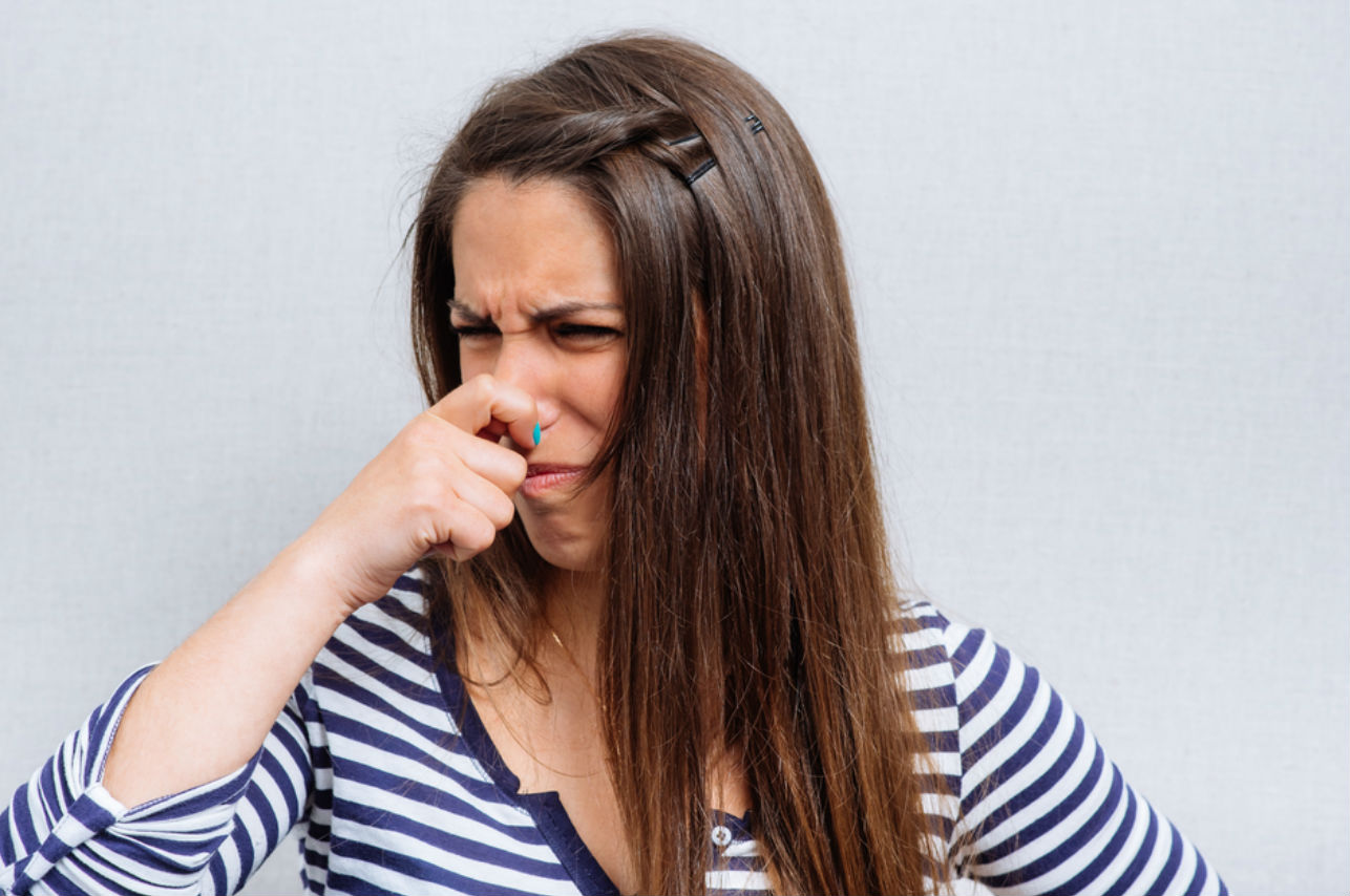 4 tips para eliminar los malos olores de tu calzado
