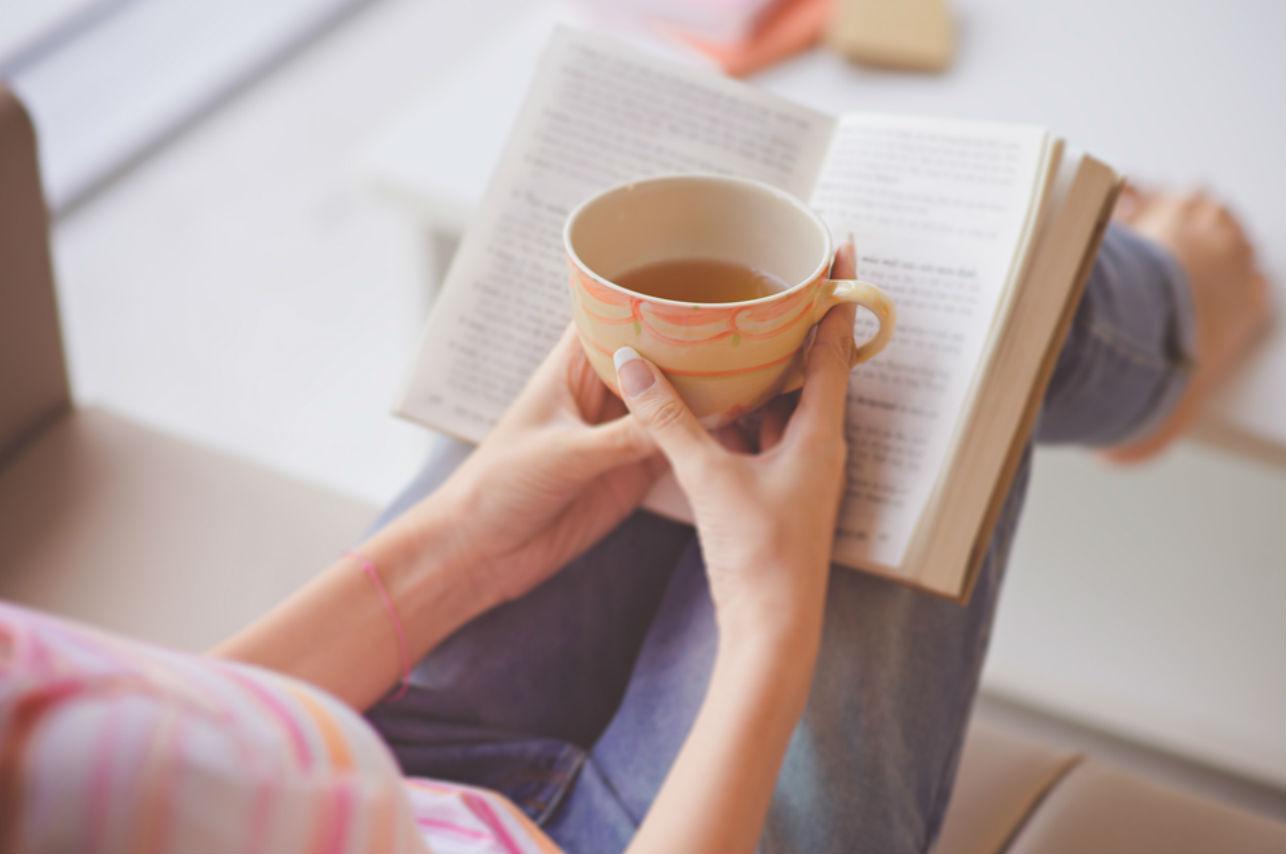 El increíble beneficio que obtiene tu mente cuando lees una novela