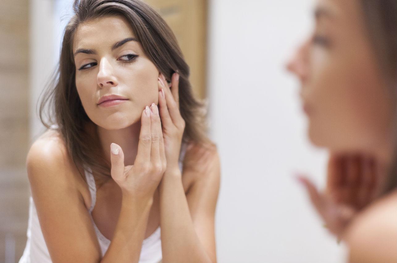 Estos 2 ingredientes te ayudarán a rejuvenecer la piel de tu rostro