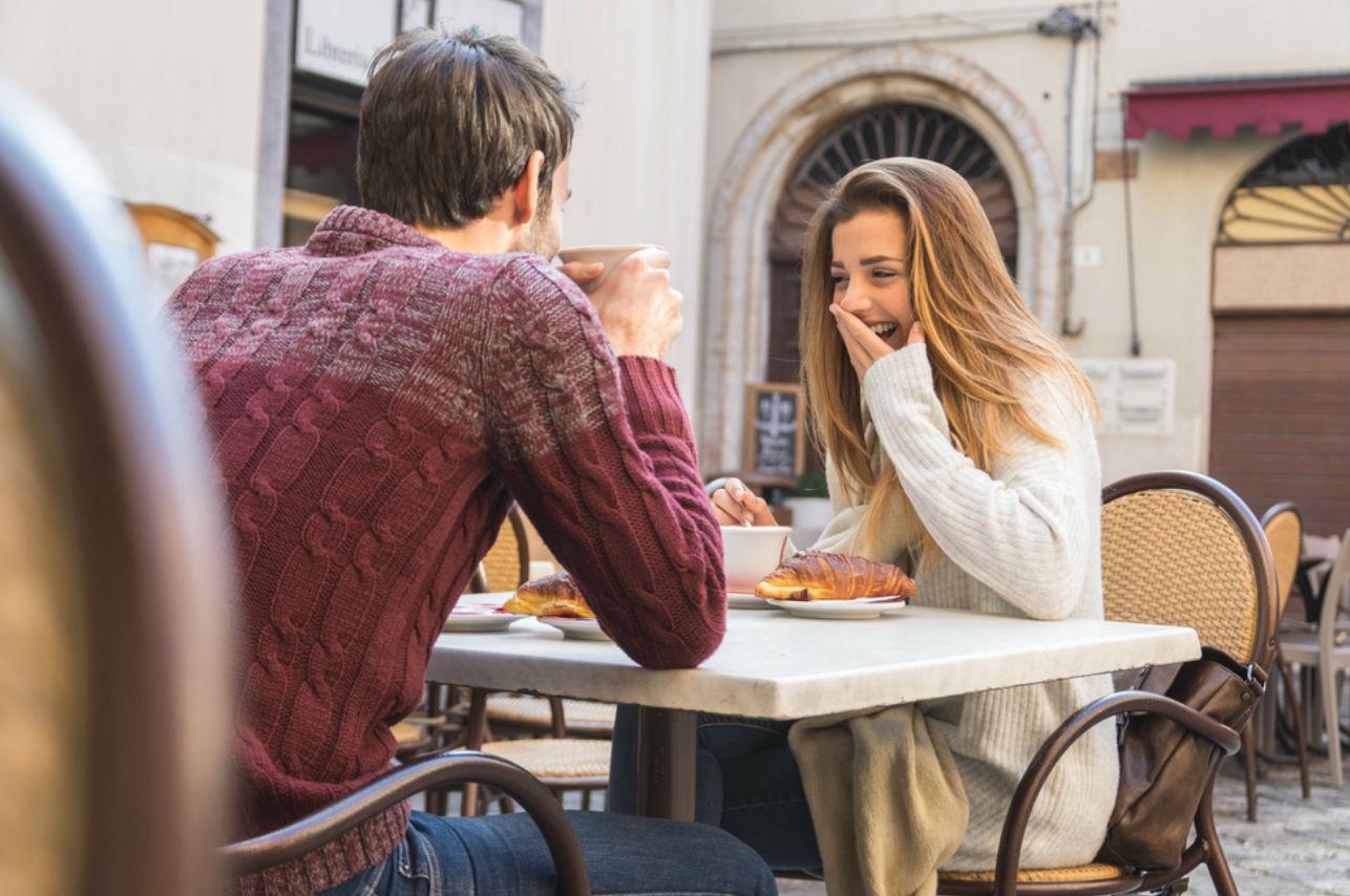 5 temas que harán fluida la conversación en la primera cita