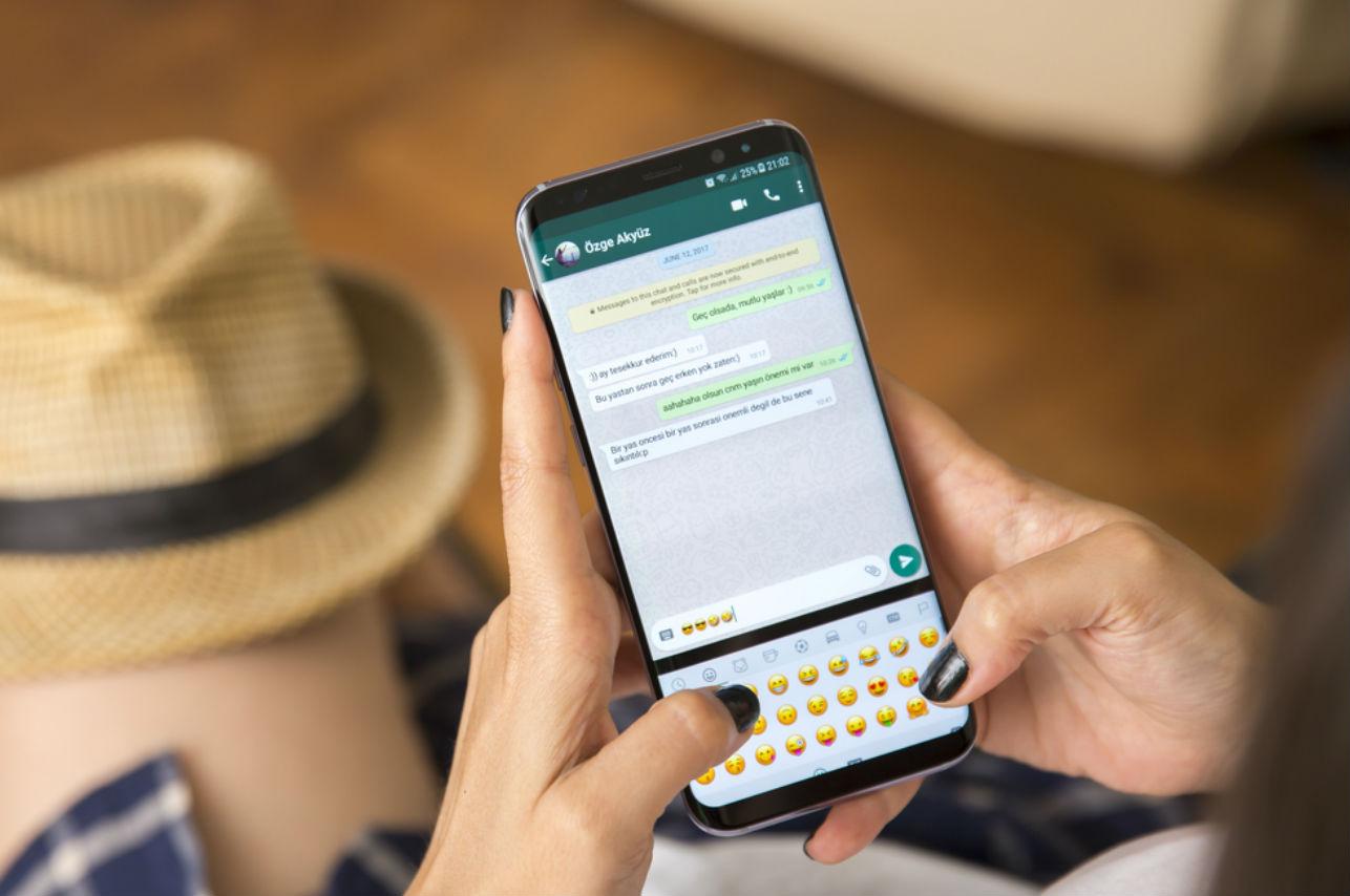 30 frases para volver loco a tu pareja por WhatsApp 😏