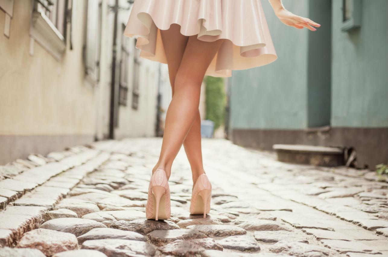 5 looks que puedes lograr con tus tacones nude