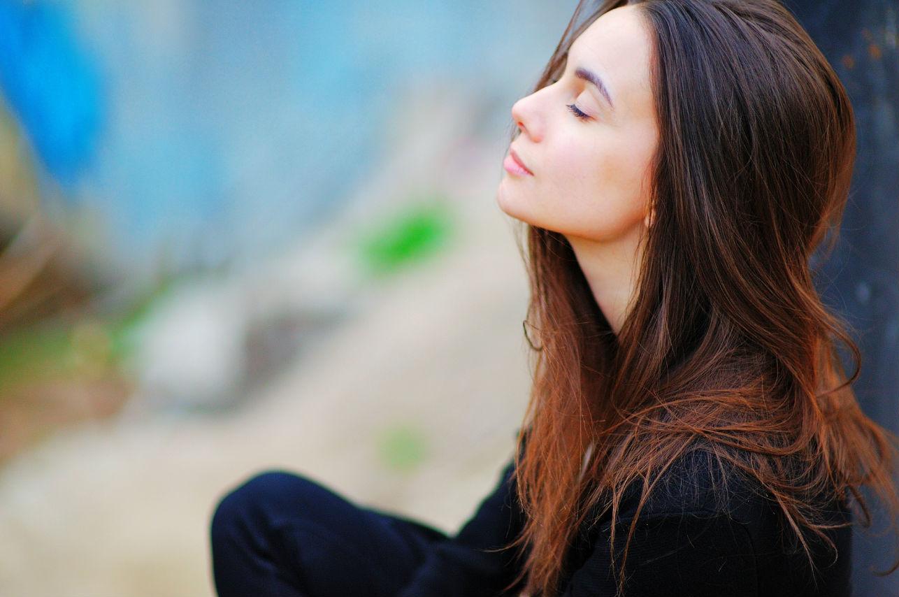 Hábitos que una mujer inteligente hace para amarse todos los días