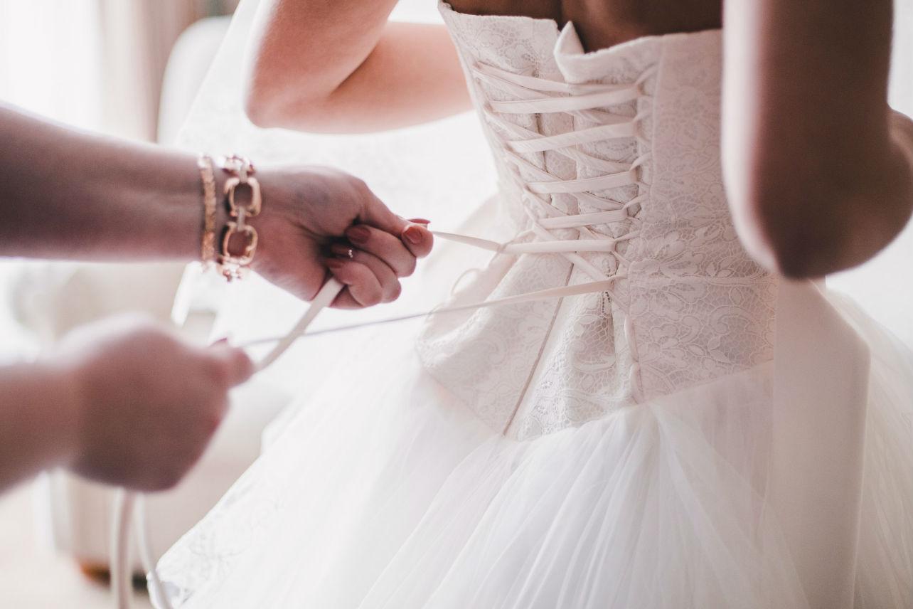 5 cosas que debes considerar  al comprar un vestido de novia