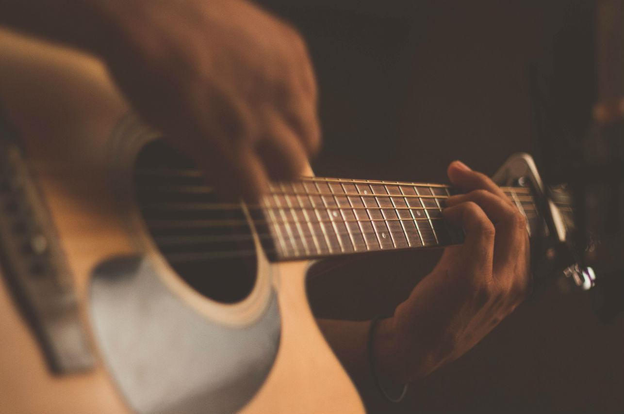 Esta canción debes dedicarla solo… ¡Si crees que él se lo merece!